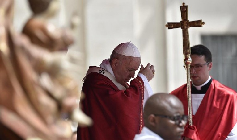 Pentecostés: Para tener paz necesitamos al Espíritu, no pastillas o soluciones rápidas. Papa Francisco.