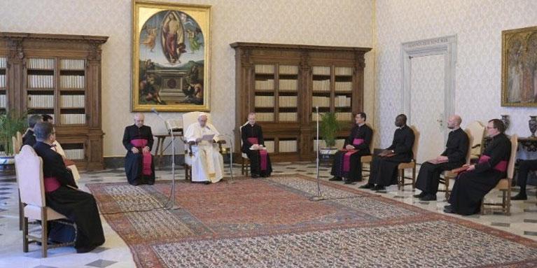 El Papa: El amor preferencial por los pobres es misión de todos